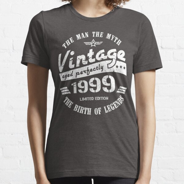 Vintage 1999 - 21st Birthday Gift For Men Essential T-Shirt