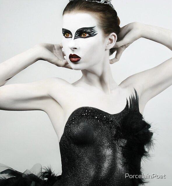 Black Swan II by PorcelainPoet
