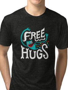 Free Hugs - on dark Tri-blend T-Shirt