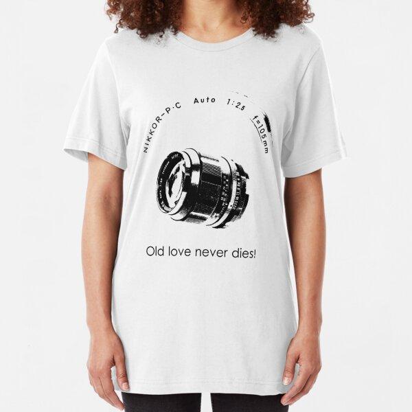 Nikkor 105mm Black Old love never dies! Slim Fit T-Shirt