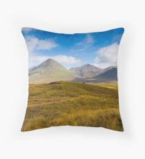 Skye  mountain scenery Throw Pillow