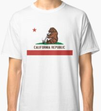 Funny Shirt - California State Flag Classic T-Shirt