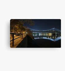 Manhattan in motion - Astoria park Canvas Print