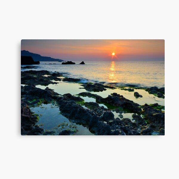 Rocks sunrise Canvas Print
