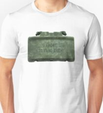 Front Towards Enemy - Claymore  T-Shirt