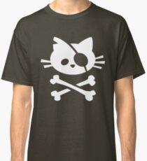 Pirate Cat: Skull and Crossbone Classic T-Shirt
