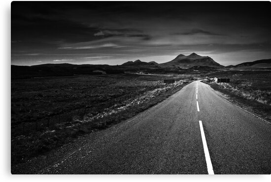 the road to Torridon by Dorit Fuhg