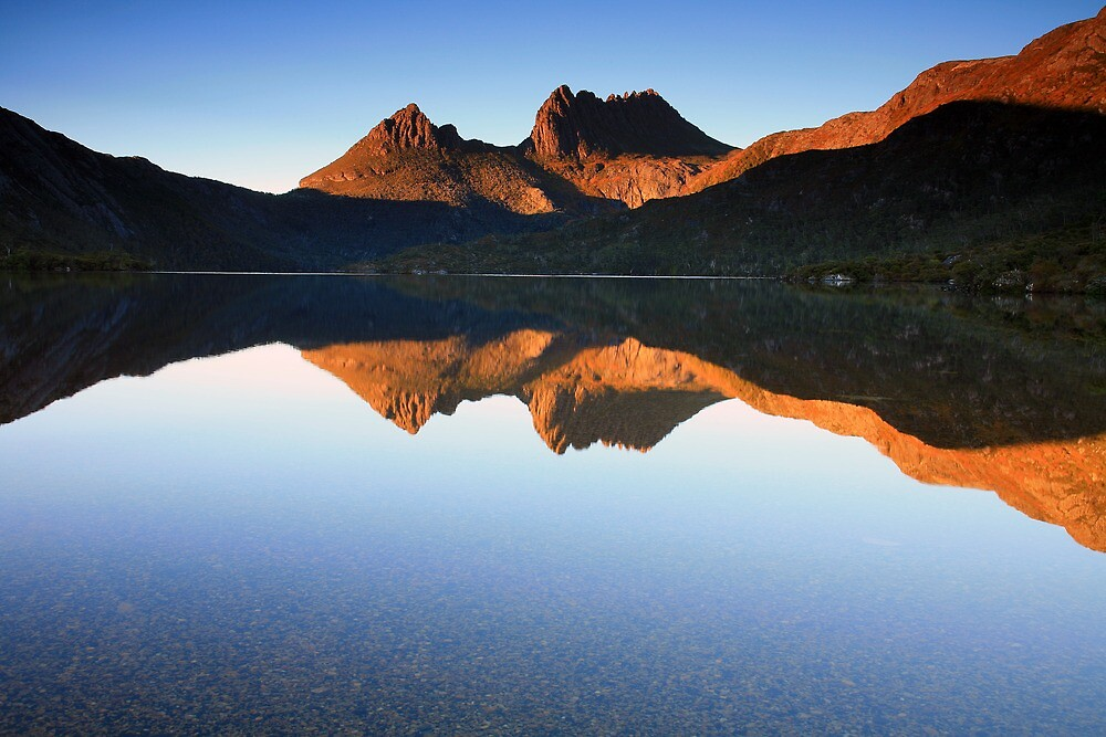 Glorious Morning at Cradle Mountain by Cameron B