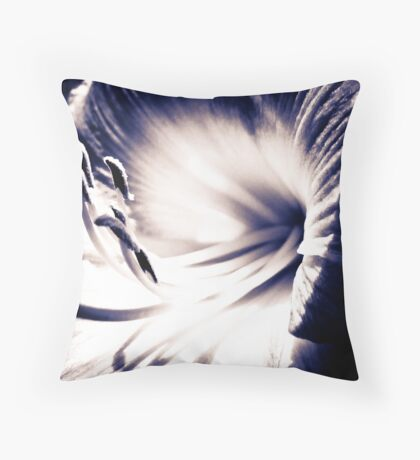 Searching for life... Throw Pillow