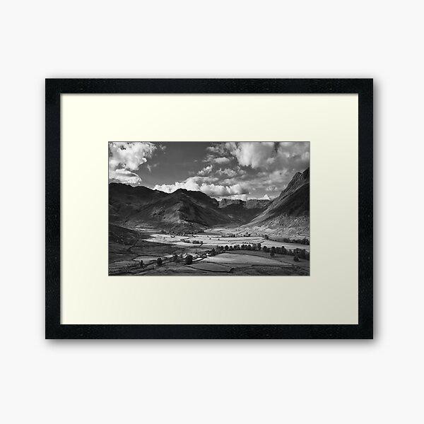 Oxendale & Mickleden 01 - The Lake District, England Framed Art Print