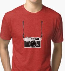 Vintage 35mm Rangefinder Camera Canon Canonet QL17 GIII Tri-blend T-Shirt