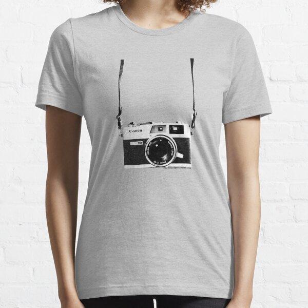 Vintage 35mm Rangefinder Camera Canon Canonet QL17 GIII Essential T-Shirt