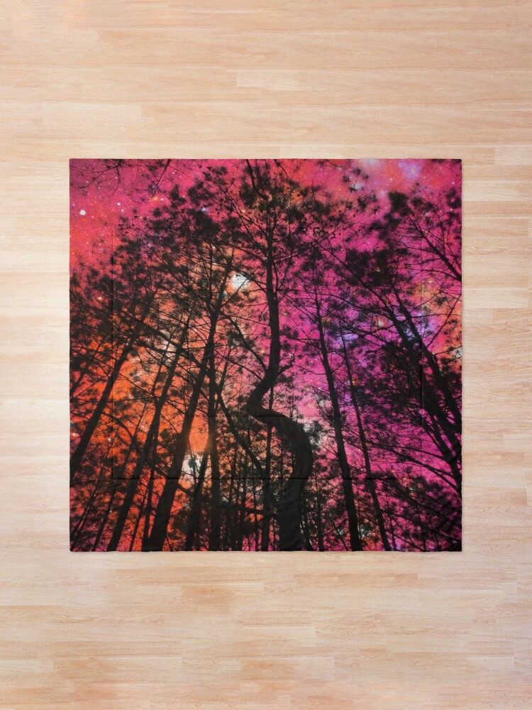 Alternate view of Twisted Forest Hot Pink Orange Comforter