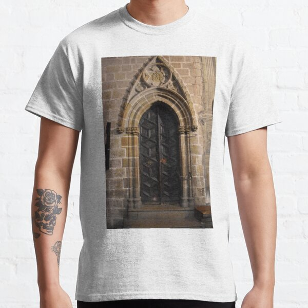 Cloister Door, Barcellona Cathedral of Saint Eulalia Classic T-Shirt