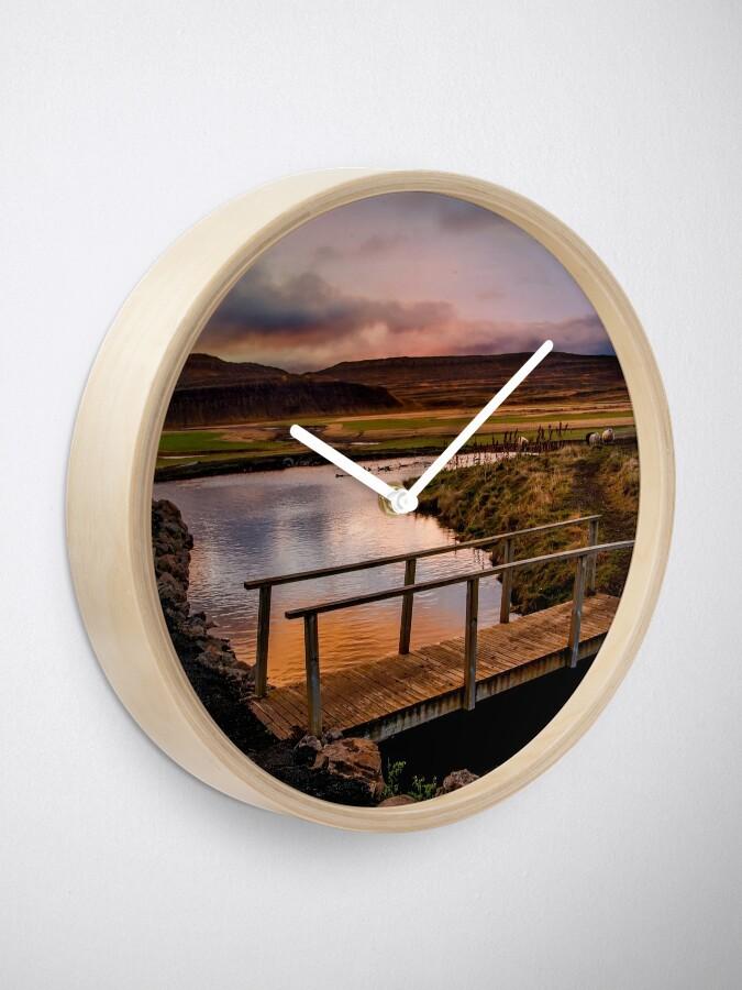 Alternate view of Parallel Marvel Clock