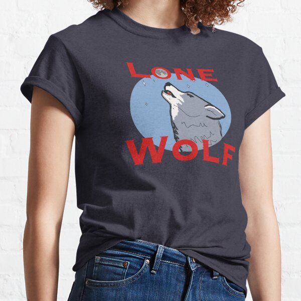 Lone wolf howling under the moon Classic T-Shirt