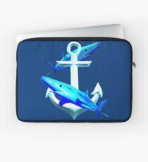 Blaue Haie und ein Anker Laptoptasche