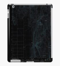 USGS Topo Map Oregon Mahon Creek 20110831 TM Inverted iPad Case/Skin