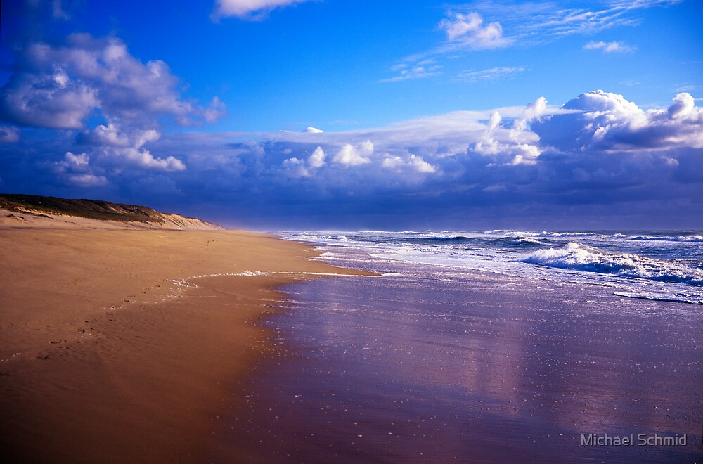 Beach bay of biscay by Michael Schmid