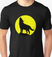 Wolf Howling At The Moon Unisex T-Shirt
