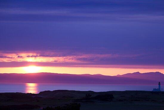 Scottish Sunset by chris-kemp