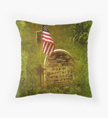 In Honor Of Our Fallen Heros Throw Pillow