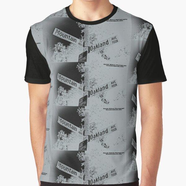 Mountain & Oakland #RAIDERNATION SILVER Theme Pasadena, CA Graphic T-Shirt