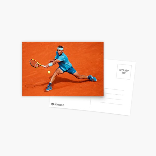 Rafael Nadal jugando tenis Postal