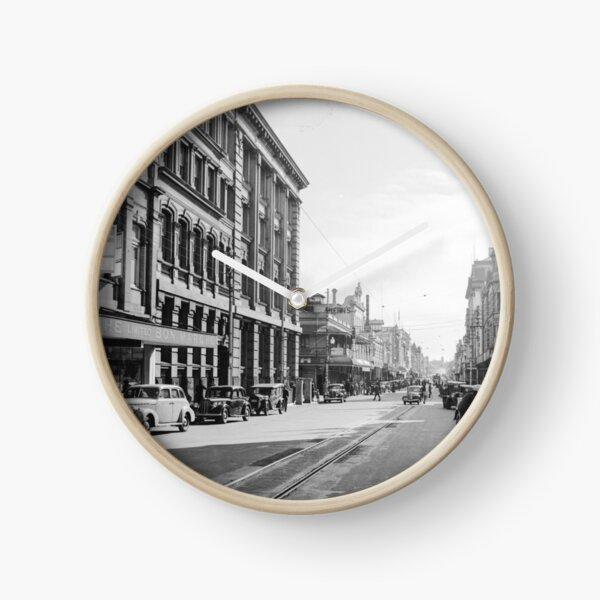 Murray Street crossing Barrack Street, Perth, 1941, State Library of Western Australia Clock