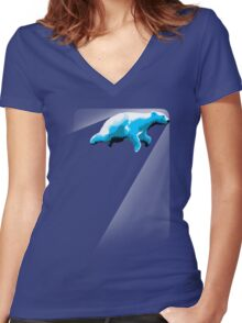 Cool cub Women's Fitted V-Neck T-Shirt