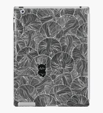 Yarn Ball Pit in Black iPad Case/Skin