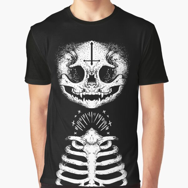 Skulls & Daggers Graphic T-Shirt