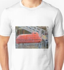 A dirty lifeboat T-Shirt