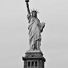 Statue of Liberty by petitejardim