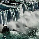 Niagara Falls II by loiteke
