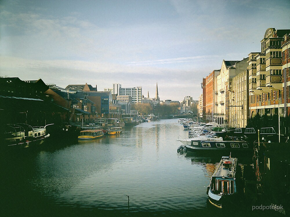 Bristol by podpotolok