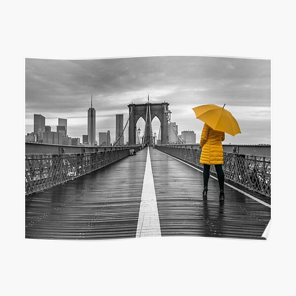 Tourist on Brooklyn bridge Poster