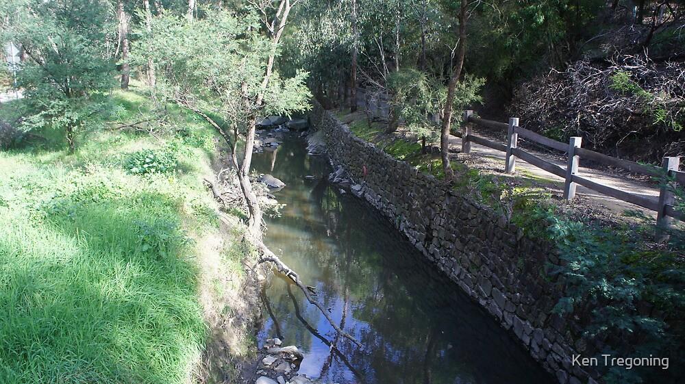 Rock wall along the creek by Ken Tregoning