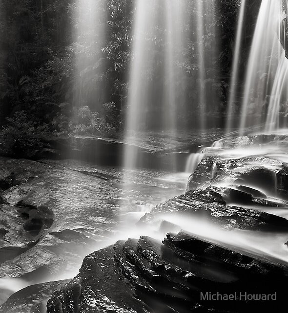 Through the falling - B&W by Michael Howard