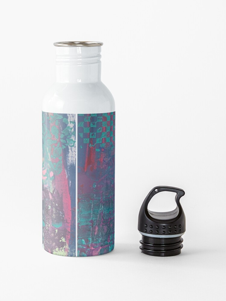 Alternate view of Grungy Pink Princess   Water Bottle