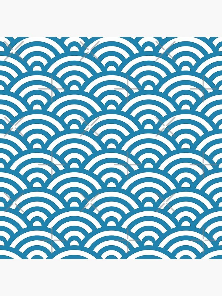 Blue Japanese Inspired Waves Shell Pattern von ImageNugget