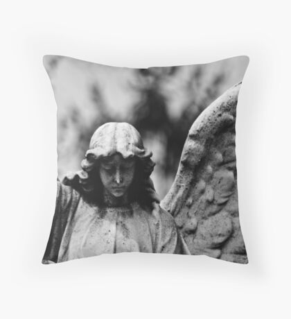 """""""VICTORY"""" Throw Pillow"""