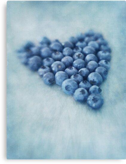 I love blueberries by Priska Wettstein