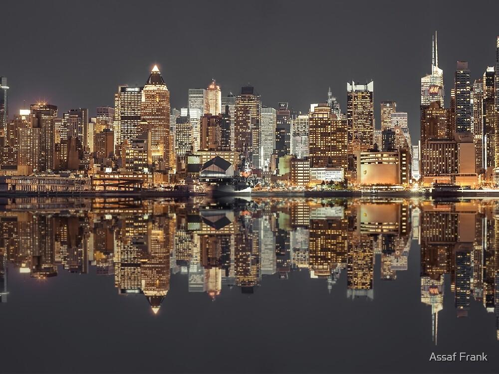 Manhattan skyline at twilight by Assaf Frank