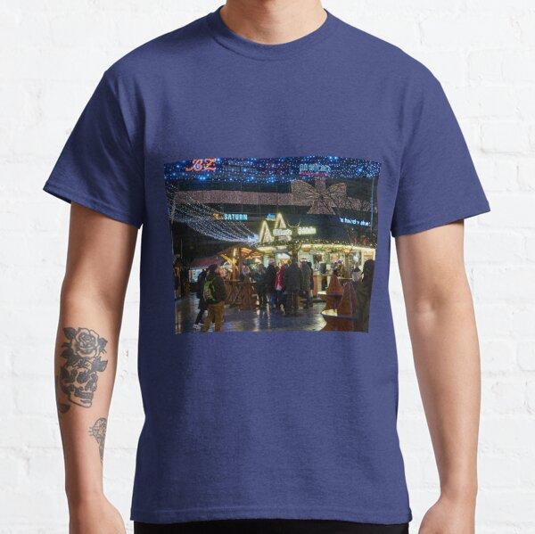 Gluhwein Schanke. Berlin Classic T-Shirt