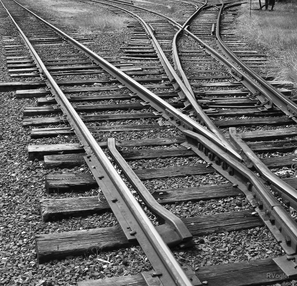 Lines Converge by RVogler