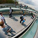 Millenium Bridge over the River Thames, London by Cliff Williams