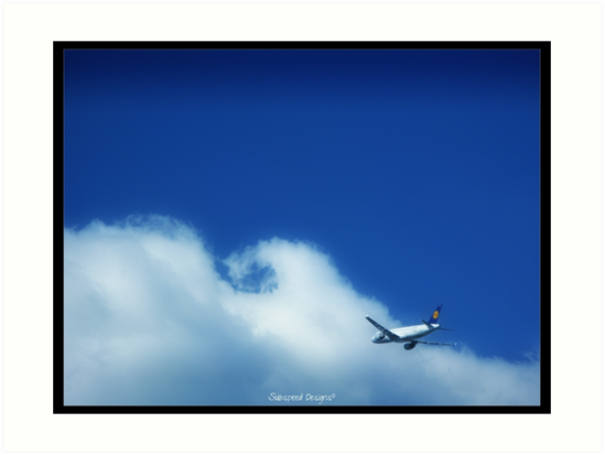 flying through clouds by Subspeed