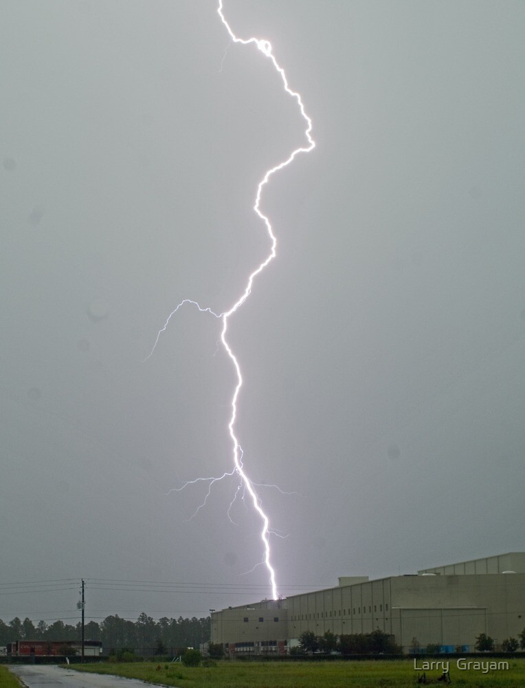CVS lightning by Larry  Grayam