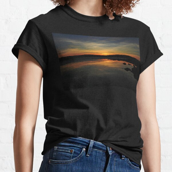 A MOMENT IN THE SUNSET Classic T-Shirt